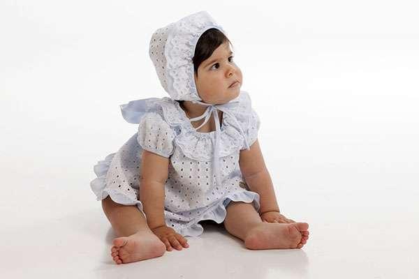 bebe gorrito moda infantil